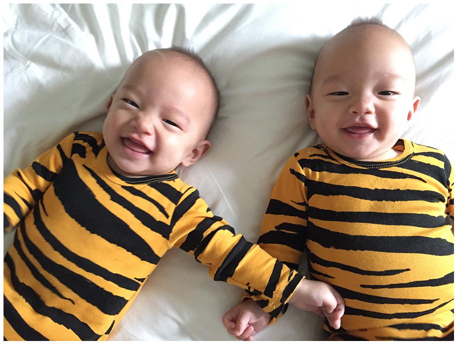 tvillingar 6 mån